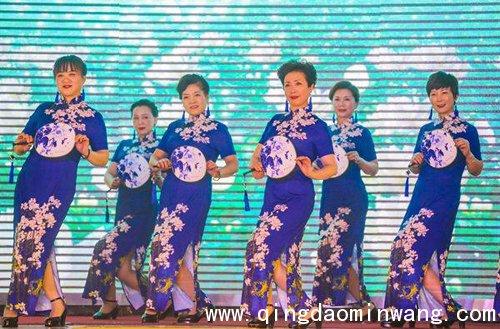 """传播旗袍文化,打造地域符号,展示女性风采""""的""""旗袍春晚""""是由世界旗袍"""